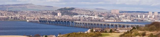 Oxford to Dundee Removals Dundee to Oxford Moves